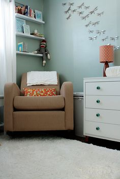 Chair alcove with shelves & dresser with changing table!