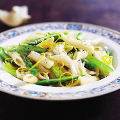 Asparagus Whole-Wheat Pasta With Lemon Dressing #MeatlessMonday