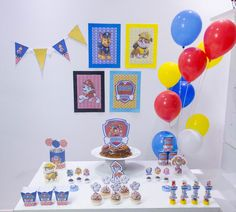 Birthday Table, Dog Birthday, Baby First Birthday, 3rd Birthday Parties, Paw Patrol Party Decorations, Paw Patrol Birthday, First Birthdays, Diy Casa, Bernardo