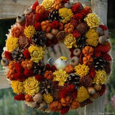 podzimní dekorace do bytu - Hledat Googlem Fall Crafts, Christmas Wreaths, Halloween, Holiday Decor, Flowers, Home Decor, Seasons Of The Year, Autumn, Autumn Crafts