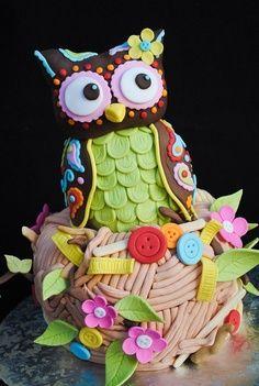 Owlander § awesome owl cake by Casa De Cupcakes via Cake Wrecks Crazy Cakes, Fancy Cakes, Pretty Cakes, Cute Cakes, Beautiful Cakes, Amazing Cakes, Beautiful Owl, Cupcakes Decorados, Owl Cakes