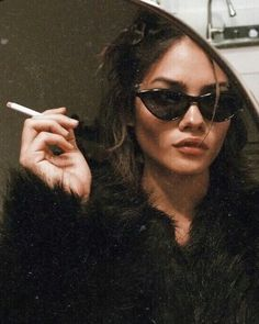 girl | black fur coat | faux fur | sunglasses | cat eye | cigarette | mirror | cool | photo inspo