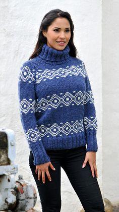 Strik en lækker sweater til vinterens kulde - denne er i uld og med fint nordisk mønster. Du får den gratis strikkeopskrift her.