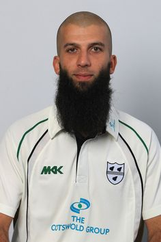 Moeen Ali Moeen Ali of Worcester during the Worcester County Cricket Club photocall at New Road on April 2012 in Worcester, England. Muslim Beard, Worcester England, Badass Beard, Pakistan Army, Sunset Wallpaper, Long Beards, Beard Love, Style Men, Cricket