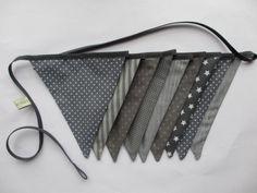 Guirlande de fanions en tissu  : Chambre d'enfant, de bébé par poisson-d-avril sur ALittleMarket