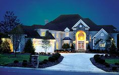 Traditional House Plan 85579