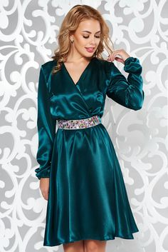StarShinerS green occasional dress from satin fabric texture accessorized with tied waistband with embellished accessories with elastic waist What Should I Wear Today, October 19, Satin Dresses, Occasion Dresses, Satin Fabric, Green Dress, Elastic Waist, Vibrant, Texture