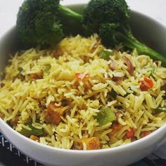 """""""I've made this for dinner at least twice in the past 7 days. Obsessed.. #friedrice #broccoli #vegan #nigerian #veganfoodshare #whatveganseat #glutenfree  #vegansofig #plantbased #healthy #foodshare #instafood"""" Photo taken by @vegannigerian on Instagram, pinned via the InstaPin iOS App! http://www.instapinapp.com (08/05/2015)"""