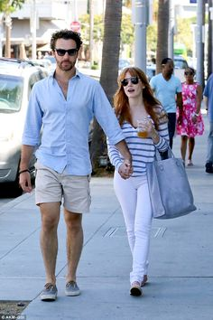 Jessica Chastain hits LA wearing James Jeans High Class Cigarette in Frost White with boyfriend Gian Luca Passi. Steal her style! http://jamesjeans.us/high-class-cigarette-frost-white
