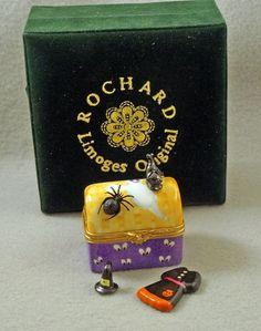 NEW IN ORIGINAL BOX ROCHARD FRENCH LIMOGES BOX HALLOWEEN TRUNK BLACK CAT SPIDER #LimogeshingedBoxes