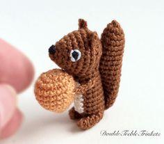 Mesmerizing Crochet an Amigurumi Rabbit Ideas. Lovely Crochet an Amigurumi Rabbit Ideas. Crochet Gratis, Crochet Amigurumi, Amigurumi Patterns, Crochet Toys, Knitting Patterns, Crochet Patterns, Crochet Fall, Love Crochet, Diy Crochet