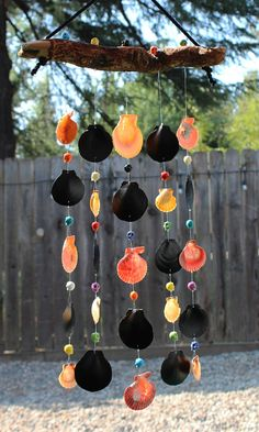 Halloween Mobile Sea Shell Wind Chime Driftwood Wind Chime Seashell Painting, Seashell Art, Seashell Crafts, Seashell Wind Chimes, Diy Wind Chimes, Mobiles, Summer Crafts For Toddlers, Toddler Crafts, Types Of Shells