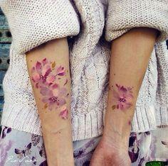 Flower Tattoos - #tattoofriday - Pis Saro: esboços e aquarelas na pele, Crimea, Ucrânia.