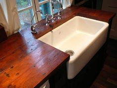i like the plank wood counter tops and obviously the sink is a dream too Wooden Kitchen, Kitchen Decor, Kitchen Ideas, Primitive Kitchen, Kitchen Layout, Kitchen Designs, Reclaimed Wood Countertop, Salvaged Wood, Recycled Wood