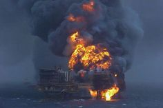 Photos of oilfield blowouts or wild wells. Photos of oil rig fires and accidents. Oilfield Trash, Oil Platform, Deepwater Horizon, Drilling Rig, Oil Industry, Oil Rig, Wonderful Picture, Galveston, Oil And Gas