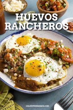 Mexican Breakfast Recipes, Healthy Breakfast Recipes, Brunch Recipes, Mexican Food Recipes, Healthy Recipes, Breakfast Tortilla, Breakfast Beans, Mexican Brunch, Chorizo Breakfast