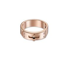 Kelly Hermes ring in rose gold. 4 diamonds, .02 total carat weight, PM, size 47  This reference may be subject to a delivery delay. For more information, please contact us at 800-441-4488, option 1.
