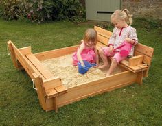 Parece magica as infinitas possibilidades em que um simples pallete pode se transformar.   caixa de areia para criancas         bancos  ...