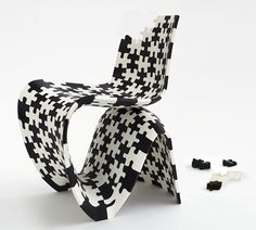 Puzzel Makerchair The MX3D was designed by Joris Laarman and created in collaboration with Tim Geurtjens, Filippo Gilardi, Acotech Automation B.V. Hal, and Autodesk. Joris Laarman Lab 3D printed puzzle chair
