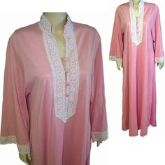 Vanity Fair gown robe long sleeve pink nylon lace trim size small 8b465a8b6