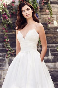 77defafb23bc 13 Best Scalloped wedding dresses images | Dream wedding, Bridal ...