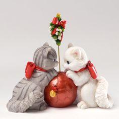 Enesco Charming Purrsonalities I See The Magic Figurine,