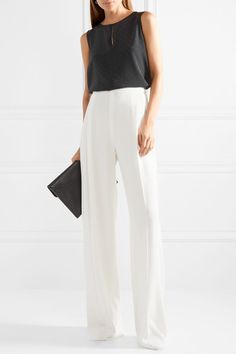 Palazzo Pants Outfit For Work. 14 Budget Palazzo Pant Outfits for Work You Should Try. Palazzo pants for fall casual and boho print. Palazzo Pants Outfit, Wide Pants Outfit, Formal Business Attire, Business Outfits, Office Looks, Casual Work Outfits, Work Casual, Outfit Work, Work Fashion