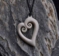 Bone koru love Heart . HandCarved & engraved by JackieTump / koebot > $65,00.