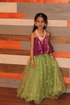 Kids Kids Lehanga Design, Kids Frocks Design, Baby Lehenga, Kids Lehenga Choli, Kids Indian Wear, Kids Ethnic Wear, Little Girl Skirts, Baby Girl Dresses, Baby In Wedding Dress
