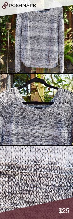 Heather Gray Knit Sweater Heather Grey with darker and lighter shades of grey woven within the pattern. Light material. Loose Knit. Gently worn. Slight piling. Prim Boutique Sweaters Crew & Scoop Necks