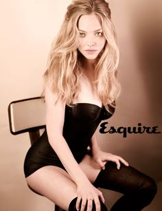 Amanda Seyfried (the only woman in the world i would go lesbian for)