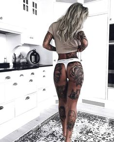 Ultra Sexy Hip Tattoos For Women