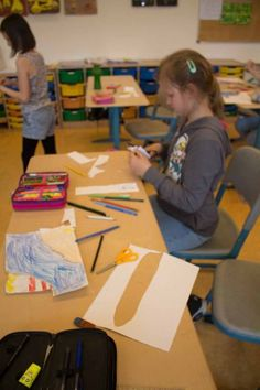 Ostseekinder malen ihr großes Bild   Schnappschüsse vom Malen mit den Ostseekindern (c) Frank Koebsch (10)