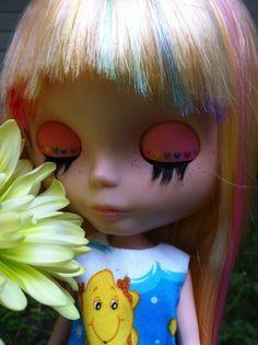 Rainbow frosted hair on Blythe doll
