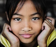 Thai girl © David Lazar