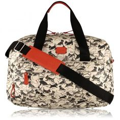 My new gym bag! Love it!! Also the right size for carry on flight hand luggage.