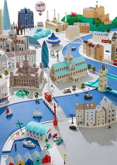 PAPER CITIES OK have this sussed now this is UK buildings (not just London) with Scott monument, Kibble Palace, Edinburgh Castle etc etc at the back...