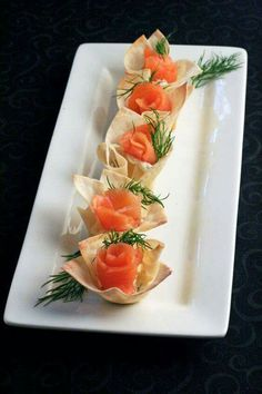 Wanton skin and salmon appetizer