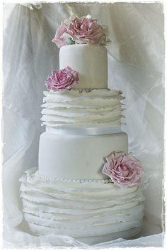 Torta nuziale in stile shabby chic. Guarda altre immagini di torte nuziali: http://www.matrimonio.it/collezioni/torte_nuziali/5__cat