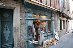 Lautrec: pastel, knoflook en klompen *** | Dorpen in Frankrijk