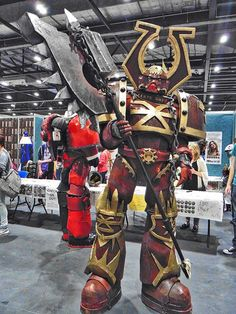 "David ""Exeter Cosplay"" Roth cosplaying as a World Eater Chaos Marine at London Super Comic Con 2016. Photo by MechaCraigZilla."