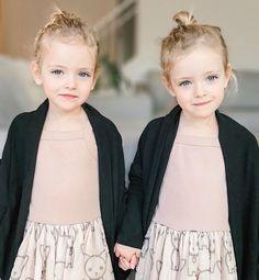 "Ruby & Emmanuella Spencer on Instagram: ""Twinning Tuesday! ⠀⠀⠀ ⠀⠀⠀⠀⠀⠀⠀⠀ Dresses: @huxbaby Cardigans: @cd_bree ⠀⠀⠀⠀⠀⠀⠀⠀ ⠀⠀⠀⠀⠀⠀⠀⠀ ⠀⠀⠀⠀⠀⠀⠀⠀ ⠀⠀⠀⠀⠀⠀⠀⠀⠀ #SweetGirls #PureJoy #Twinning…"" Spencer Twin, Ty And Amy, Heartland, Child Models, Twins, Flower Girl Dresses, Vogue, Wedding Dresses, Babys"