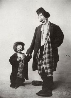 Albert Fratellini and son, of the famed Fratellini circus family Vintage Bizarre, Creepy Vintage, Vintage Clown, Le Clown, Circus Clown, Creepy Clown, Pierrot, Cirque Vintage, Famous Clowns