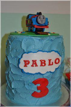 Tarta Piñata de Thomas y sus Amigos para Pablo