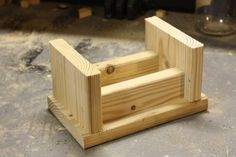 Woodworking For Kids Upside down, dry fit step stool just for show. Kids Woodworking Projects, Scrap Wood Projects, Diy Woodworking, Woodworking Machinery, Woodworking Classes, Welding Projects, Diy Kids Kitchen, Diy Stool, Step Stools