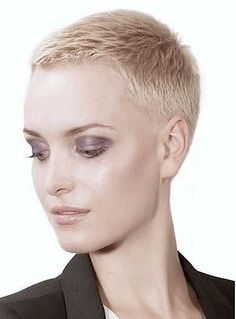 Super-Short-Pixie-Cut Super Short Haircuts for Modern and Unique Look Very Short Pixie Cuts, Very Short Haircuts, Short Hair Cuts For Women, Short Hairstyles For Women, Short Hair Styles, Wavy Pixie, Haircut Short, Short Wavy, Really Short Hairstyles