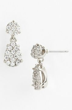 Understated wedding jewelry Nina Passion Floral Cluster Stud