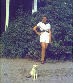 LE with cat
