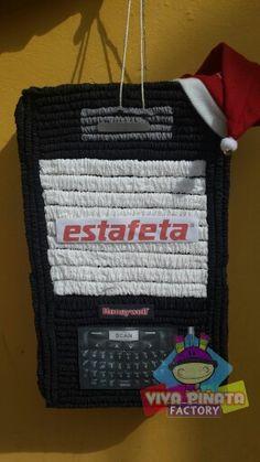 Seguimos con los pedidos Navideños... Radio con logotipo Estafeta paqueteria para la comida navideña de su corporativo.