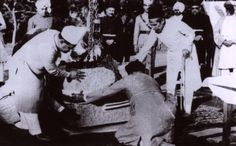 Laying of the foundation stone of the Unani Hospital in Hyderabad (Deccan). Standing: The Nizam Asaf Jah VII (right), the finance minister Akbar Hydari (left) History Of India, Lost City, Blue Bloods, Ottoman Empire, Hyderabad, Princesses, Royals, Ali, Families